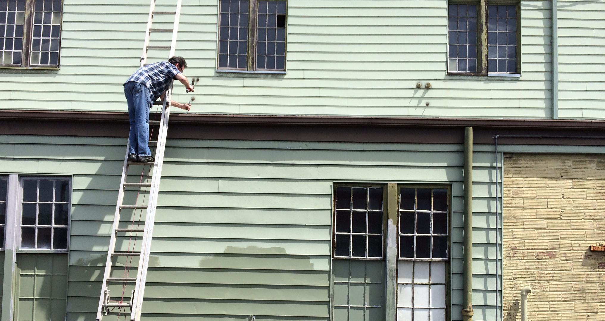 Darin samples the lower roof, Sam Bebe May 14, 2014