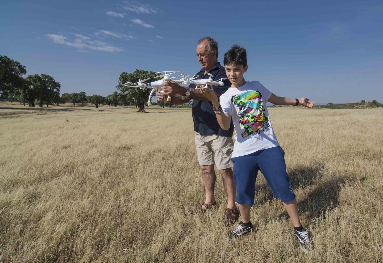 Probando drones, guillermo varela June 6, 2015