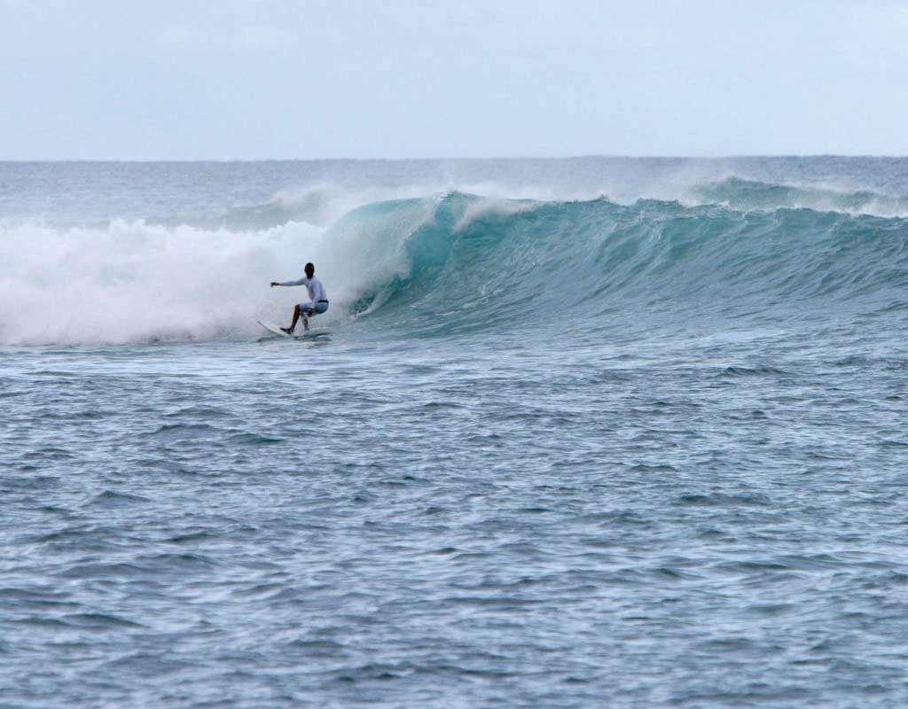 Magneto Surf Lances Left Mentawai Islands, Colm Walsh September 2006