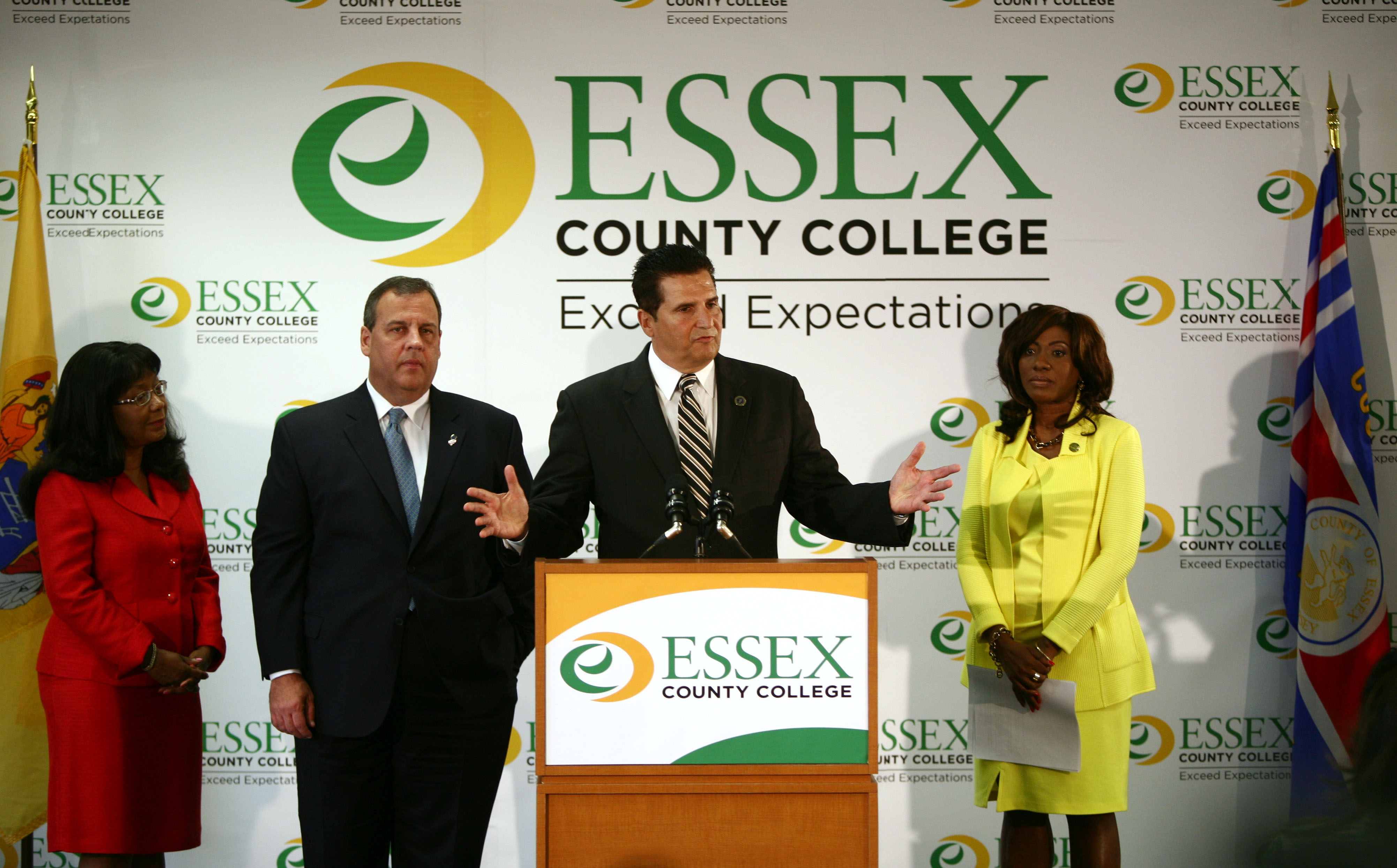 Governor Chris Christie, Secretary of Higher Education Rochelle Hendricks, County Executive Joe DiVincenzo and Essex County College President Dr. Gale Gibson announce major library renovations at Essex County College in Newark, N.J. on Wednesday, June 11, 2014. (Governor's Office/Tim Larsen)