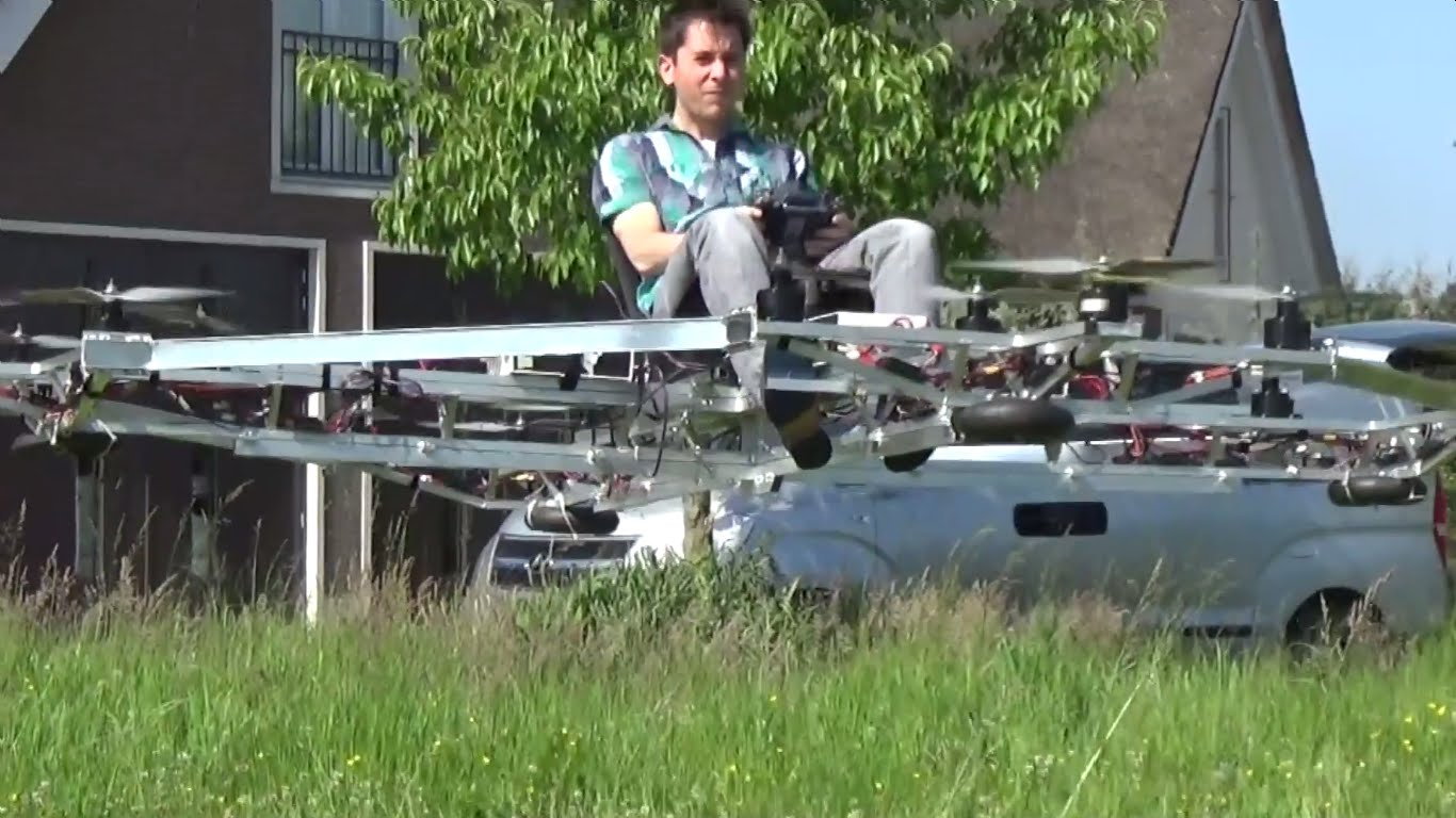Thorstin Crijns in Flight, Credit: YouTube