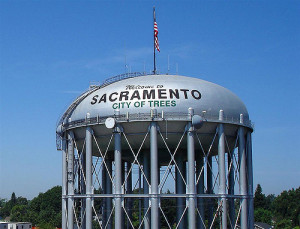 sacramento water tower, radiobread July 5, 2007