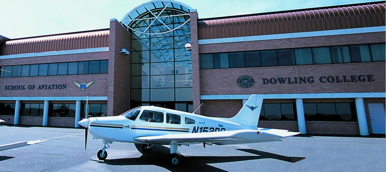 Dowling College School of Aviation