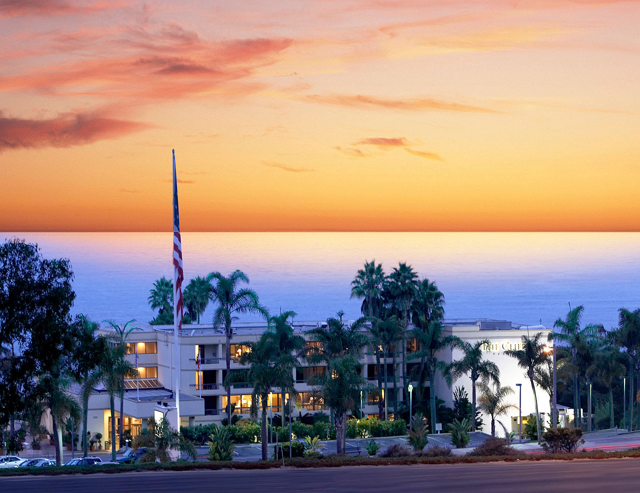 Nestled halfway between San Francisco and Los Angeles, The Cliffs Resort is perched atop bluffs overlooking some of the world's most pristine beach, Credit: Wikimedia Commons