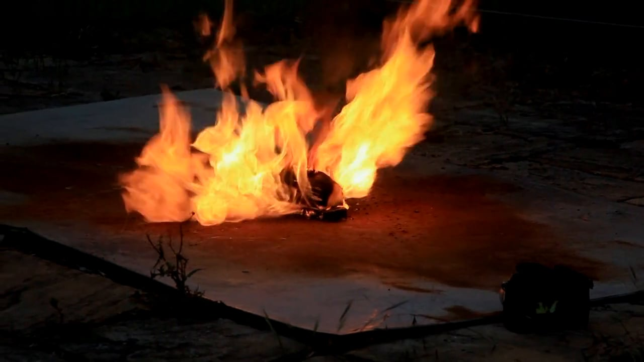 Fire Test LiPo Accu Battery 6S 10000, Credit: Vimeo