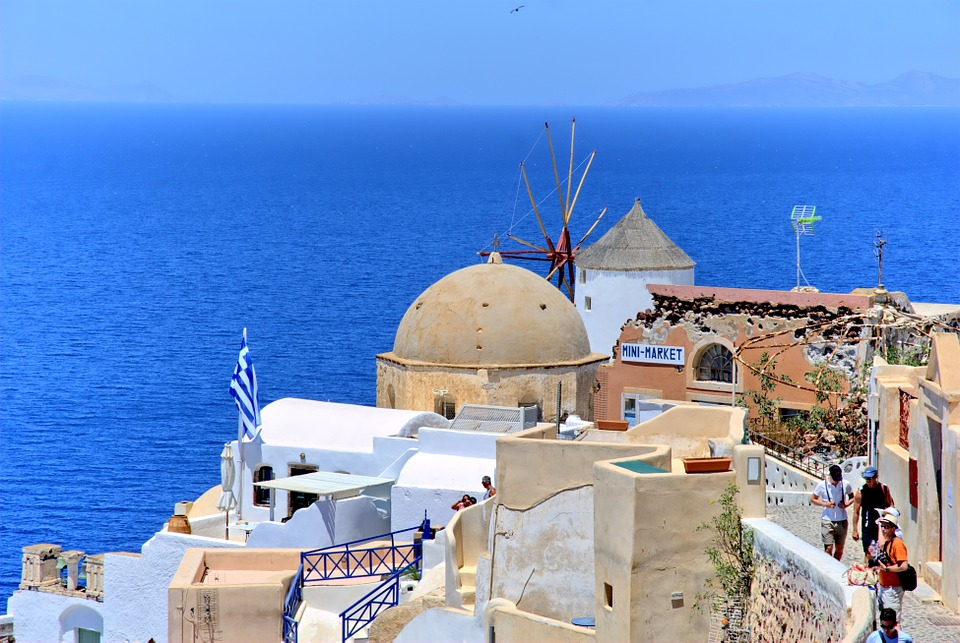 Greece, Santorini, Beach, The Sun, Credit: PixaBay